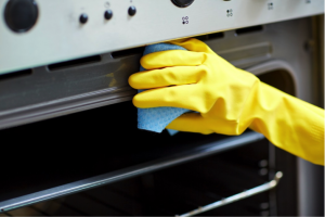 oven-cleaning-300x200